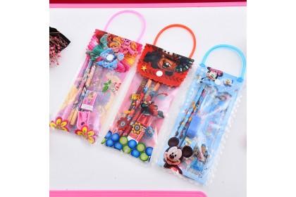 (Ready Stock)  5pcs Stationery Set Children Kids Cartoon party Birthday Goodies Door gift Bag